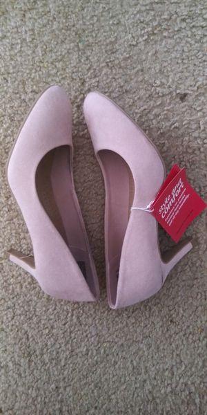Heels size 5 $12 for Sale in Goodyear, AZ