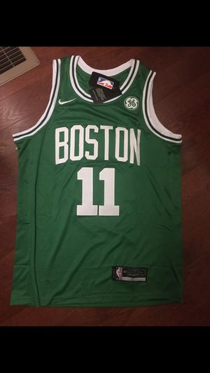 Never worn Kyrie irving men medium Celtics Jersey for Sale in Boston, MA
