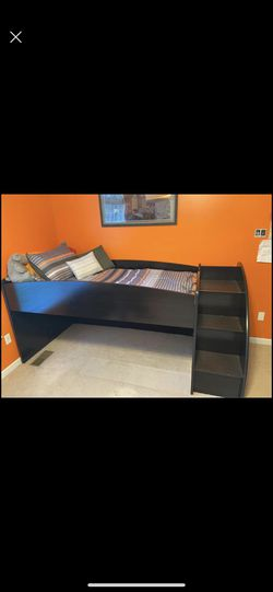 Twin over twin Trundle bed for Sale in Festus,  MO