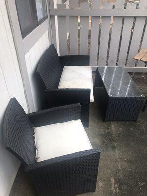 Patio Furniture w/ grill for Sale in Atlanta, GA