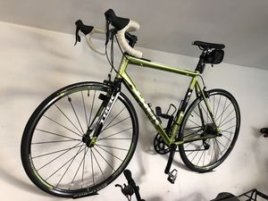 Trek two series 2.1 road bike excellent for Sale in Weston, WI