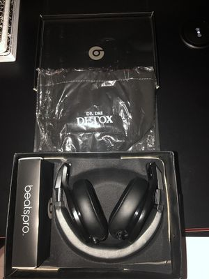 Beats By Dre Pro DETOX Limited Edition Headphones (Mint Condition) for Sale in Tacoma, WA