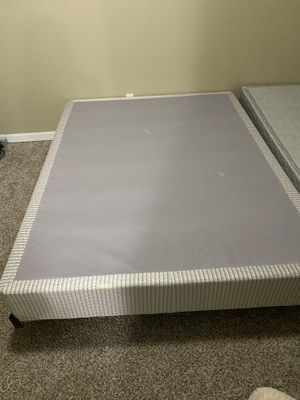Queen box spring and adjustable metal bed frame for Sale in O'Fallon, MO