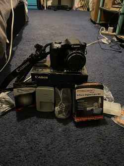 Canon Powershot SC530 HS with accessories for Sale in Detroit,  MI