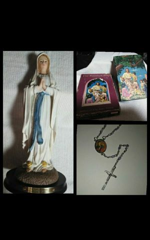 Florentine Collection Our Lady of Lourdes Statue w/Extras for Sale in Eugene, OR