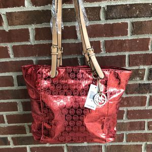 New Red Metallic Tote Purse for Sale in OH, US