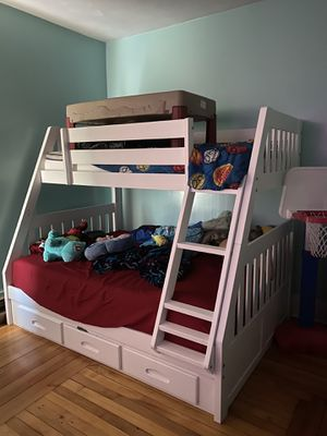 Twin over Full bunk bed with drawers for Sale in Worcester, MA