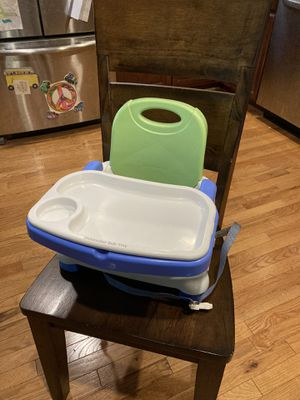 Folding portable baby chair. for Sale in Alexandria, VA
