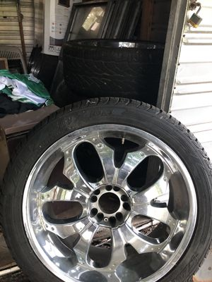 23 inch chrome rims / 5 lugs / All four center caps / 90% tire thread for Sale in McGehee, AR