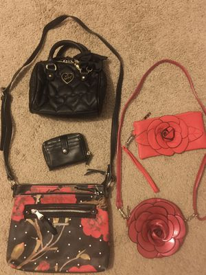 Betsey Johnson Black Purse for Sale in Brentwood, CA