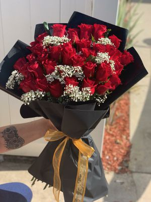 36 roses for Sale in Garden Grove, CA