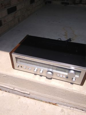 Vintage 1970s Scott 335r receiver. Good condition. Check out our other listings for Sale in Naperville, IL