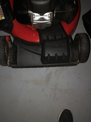 Honda lawnmower $200 or trade for car audio equipment for Sale in CA, US