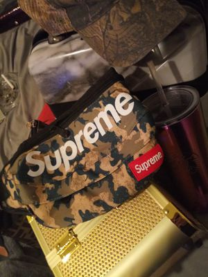 Camo supreme waist bag for Sale in Mont Clare, PA