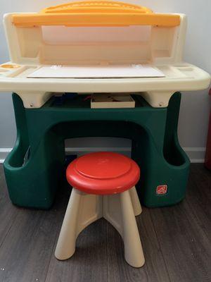 Toddler art desk for Sale in Nashville, TN