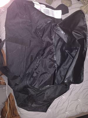Brand new duffle bag xLarge for Sale in Phoenix, AZ