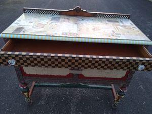 Vintage Desk/Cabinet for Sale in Skokie, IL
