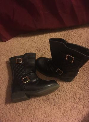 Size 8 Toddler Girls Boot for Sale in Prattville, AL