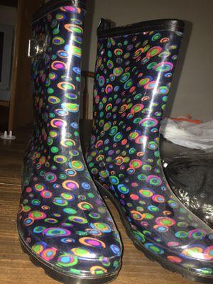 Size 6 women rain boots for Sale in Mount Vernon, WA