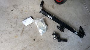 CLASSIC Reese Car/Truck Hitch for Sale in Westerville, OH
