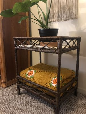 True vintage shelf/ side table/ plant stand for Sale in Santa Monica, CA