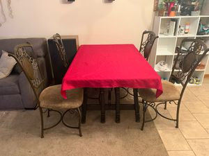Selling Chairs & A Wooden Dining Table! $30for all! for Sale in Smyrna, TN