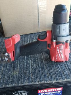 Milwaukee hammer drill Driver 18v for Sale in Victorville,  CA