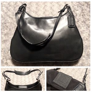 "Coach Calf Skin Hobo paid $298 Like new! Shoulder Bag # FOK-8134 comes with dust bag! Excellent condition clean interior/exterior! Measurements: 10"" for Sale in Washington, DC"