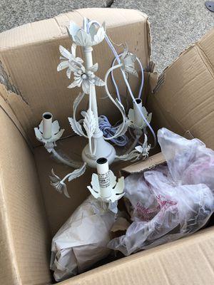 Decorative chandelier light $20 for Sale in Stockton, CA