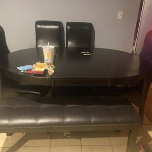 Dining Room table for Sale in Bolingbrook, IL