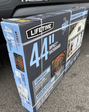 """44"""" basketball hoop - NON PORTABLE for Sale in Bolingbrook, IL"""