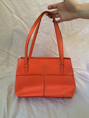 Kate Spade leather Coral vintage handbag for Sale in Cuyahoga Falls, OH