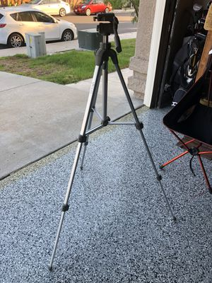 Camera tripod for Sale in Oceanside, CA