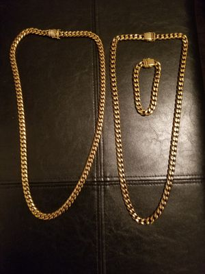 "2 Cuban link 30"" chains 1 Cuban link bracelet for Sale in Philadelphia, PA"
