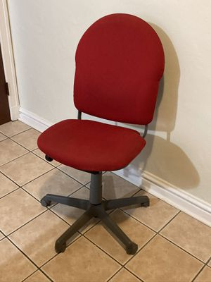 Office desk chair for Sale in St. Louis, MO