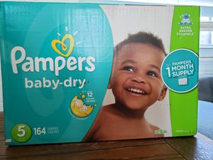 New pampers diapers for Sale in Oak Lawn, IL