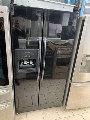 Kitchen aid counter depth black side by side refrigerator for Sale in Dearborn Heights, MI