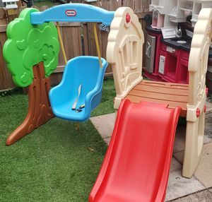 Little Tikes Hide and seek climber for Sale in Kissimmee, FL
