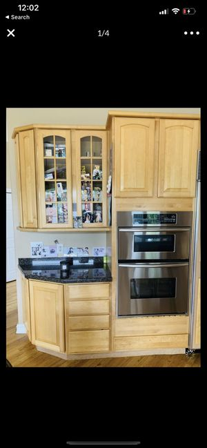 Kitchen cabinets and appliances and kitchen island for Sale in West Bloomfield Township, MI