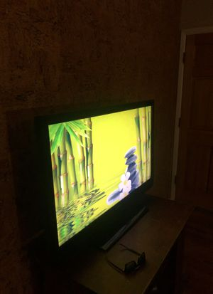40 inch Insignia flat screen tv for Sale in Golden, CO