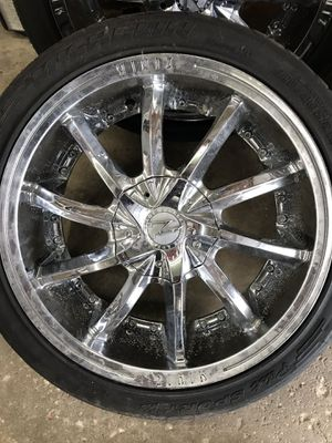 """Zinik 18"""" Rims with okay tires for Sale in Melrose Park, IL"""