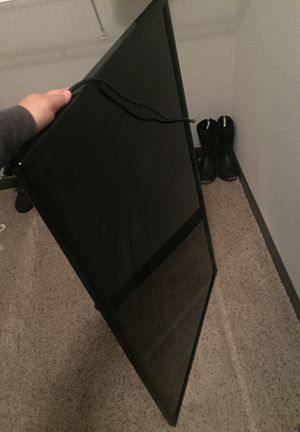 Broken TV FREE for Sale in Grand Rapids, MI