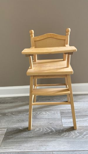 """Guidecraft 18"""" American Girl Doll Size High Chair for Sale in Ontarioville, IL"""