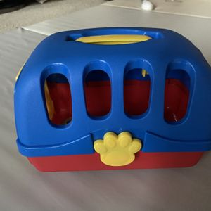 Toy Pet Carrier for Sale in Pasadena, CA
