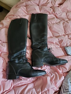 Pair of ariat tall riding boots size 7 for Sale in Charlottesville, VA