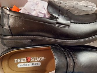 Deer Stags Leather Loafers for Sale in Auburn,  WA