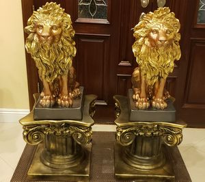 "Large Twin Lions with 16"" TALL roman Column for Sale in South El Monte, CA"