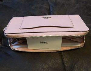 Coach wallet for Sale in Snellville, GA