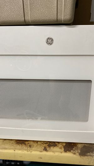 LIKE NEW HUUUGE MICROWAVE for Sale in Fort McDowell, AZ