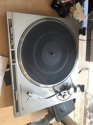 Pioneer Pl-200 Direct Drive Auto Return Turn table for Sale in Tacoma, WA